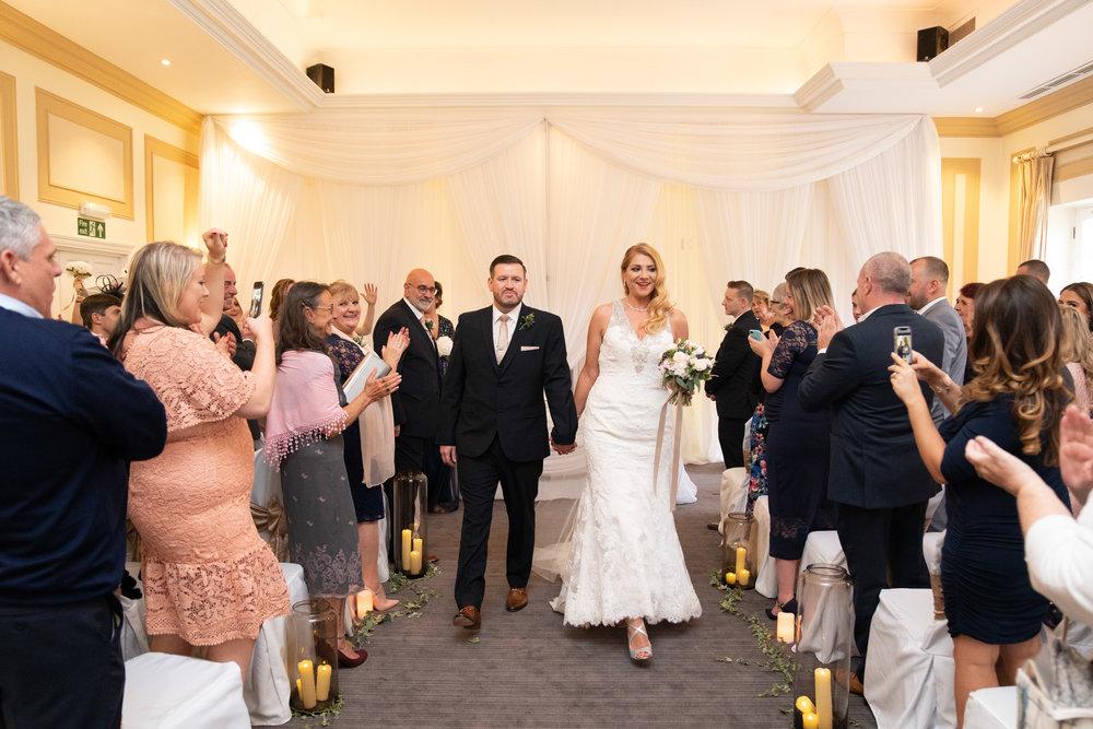 london-surrey-wedding-photography-nutfieldpriory-woldinghamgolfclub-32