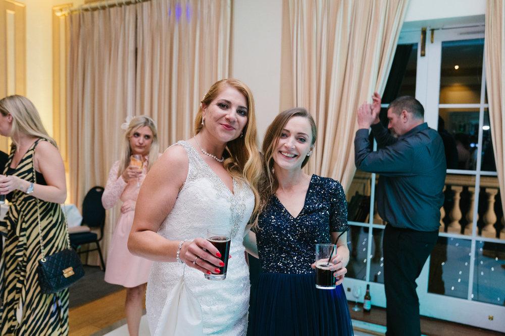 london-surrey-wedding-photography-nutfieldpriory-woldinghamgolfclub-75