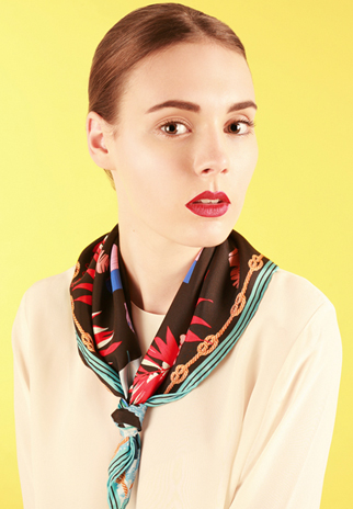 Square silk scarf knots - The Neckerchief