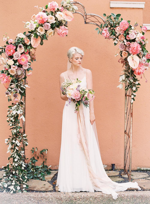 Wedding Ceremony Flowers - Dallas Wedding Florist