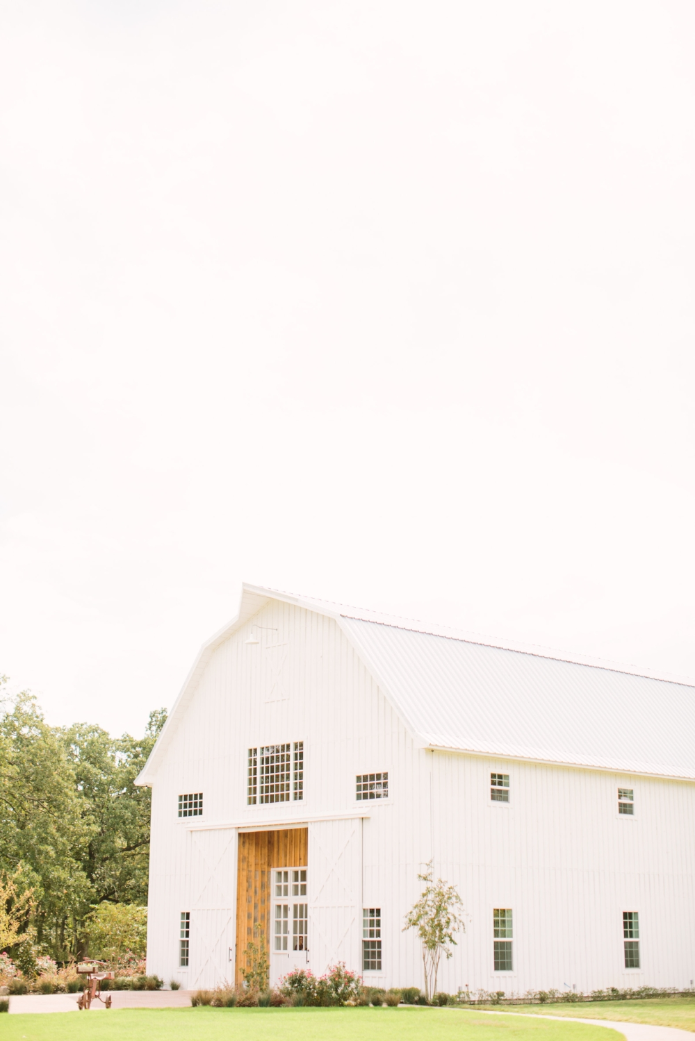 White Sparrow Barn Wedding - Texas Wedding Venues