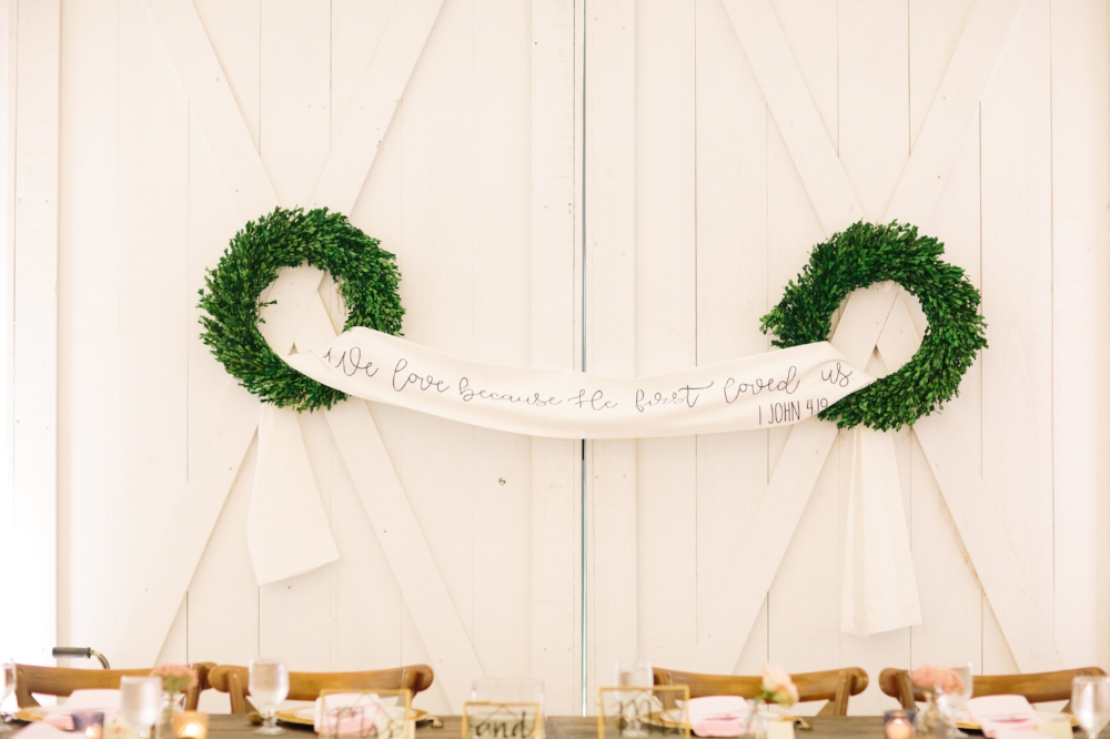White Sparrow Barn Wedding - Texas Wedding Planner