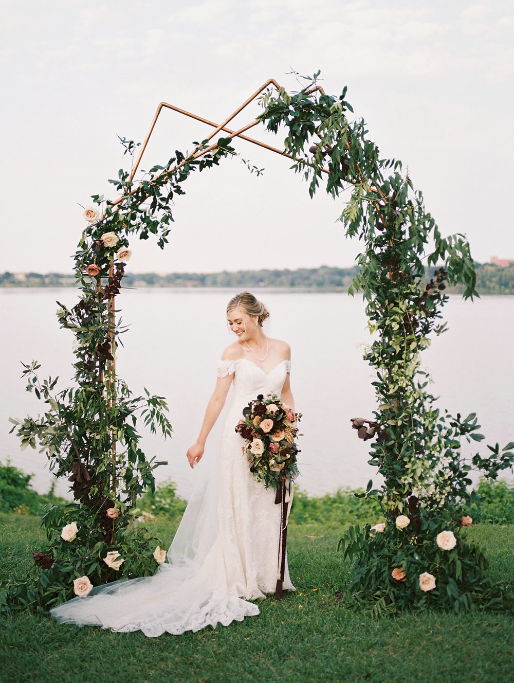 Minimalist Wedding Ceremony Decor - Dallas Wedding Flowers