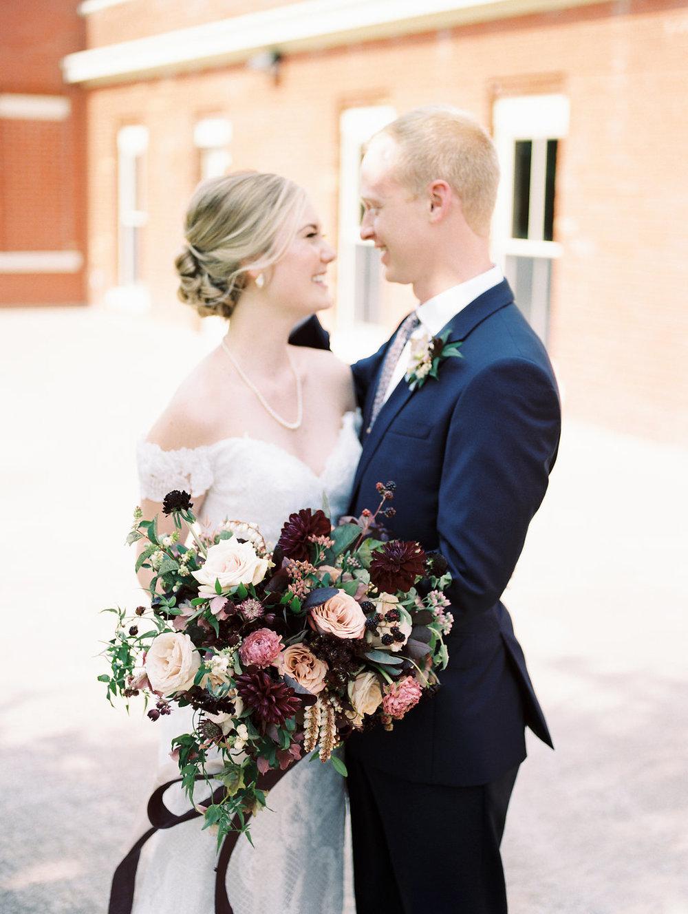 Modern Wedding Ideas in Dallas - Dallas Wedding Florists