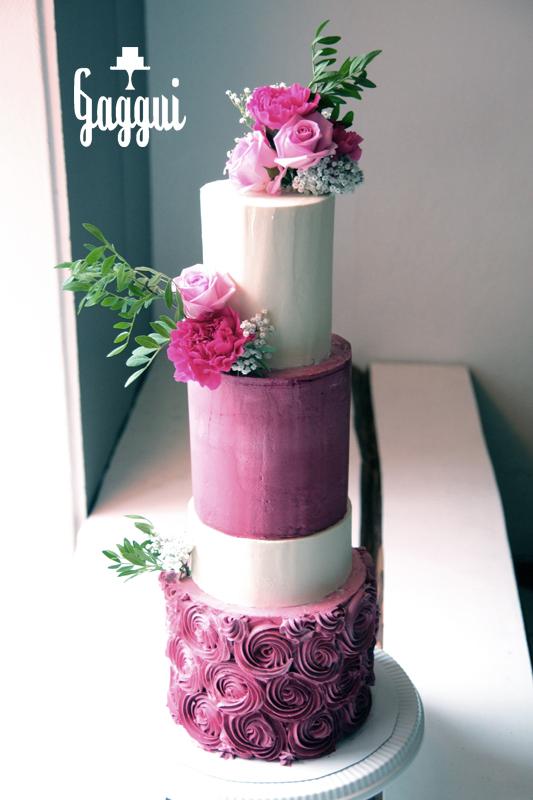 Fuchsia Wedding Cake Gaggui.jpg