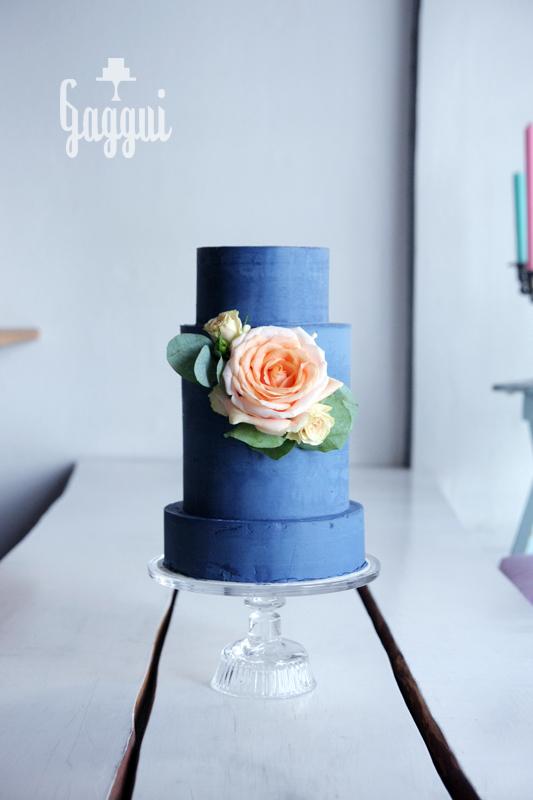 NavyBlue Weddingcake Gaggui.jpg