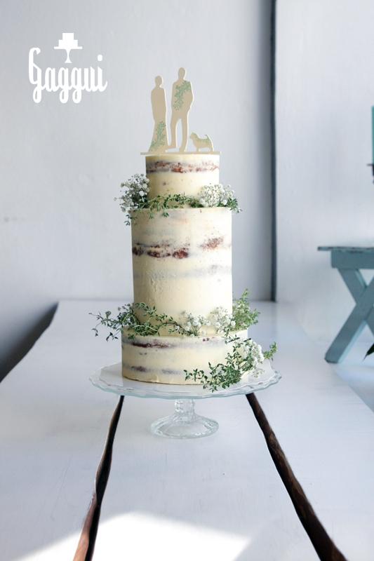 Thyme Wedding Cake Gaggui.jpg