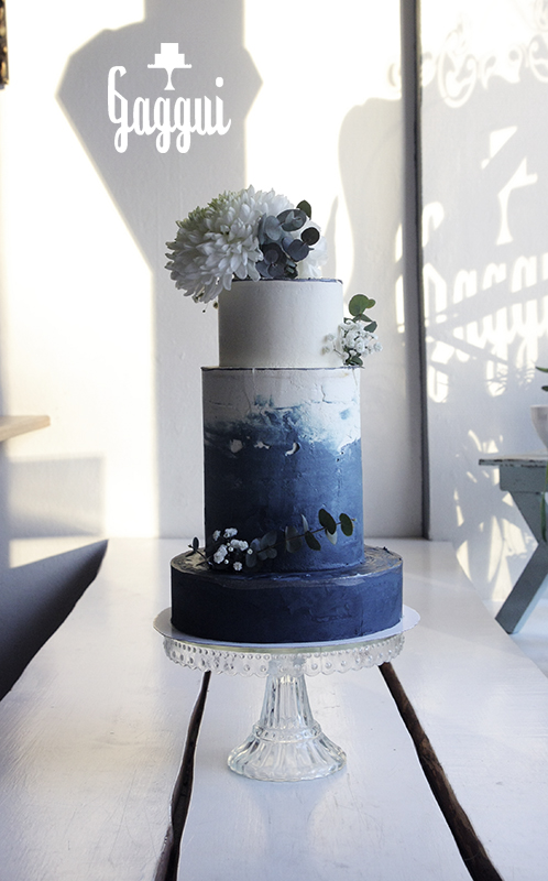 Wedding Navy Blue Gaggui.jpg