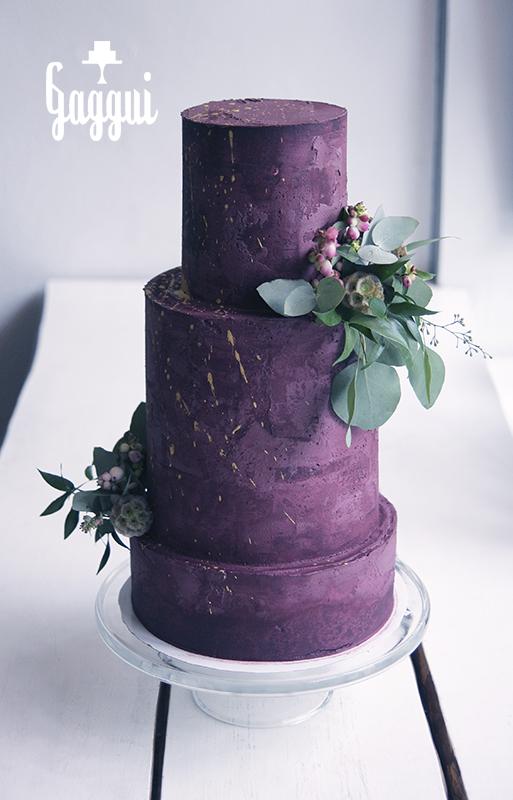 Purple wedding cake Gaggui.jpg