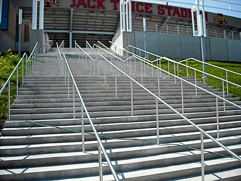 iowa-state-stadium.jpg