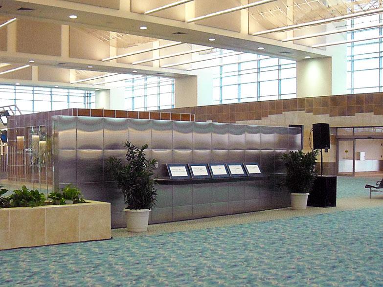 Springfield-Branson-Regional-Airport--Stainless-Stel-Wall-Cladding---Springfield-MO.jpg