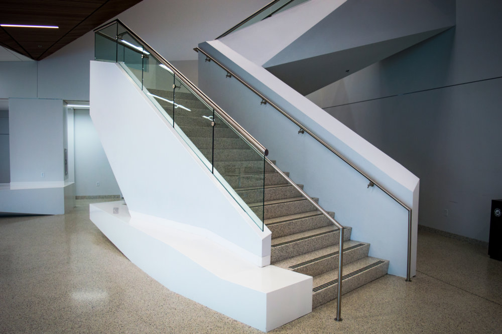 Glass Guardrail Staircase