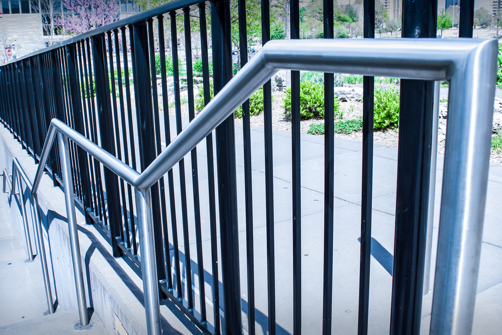 Stainless Steel Single Line Handrail (Round or Flat Bar)