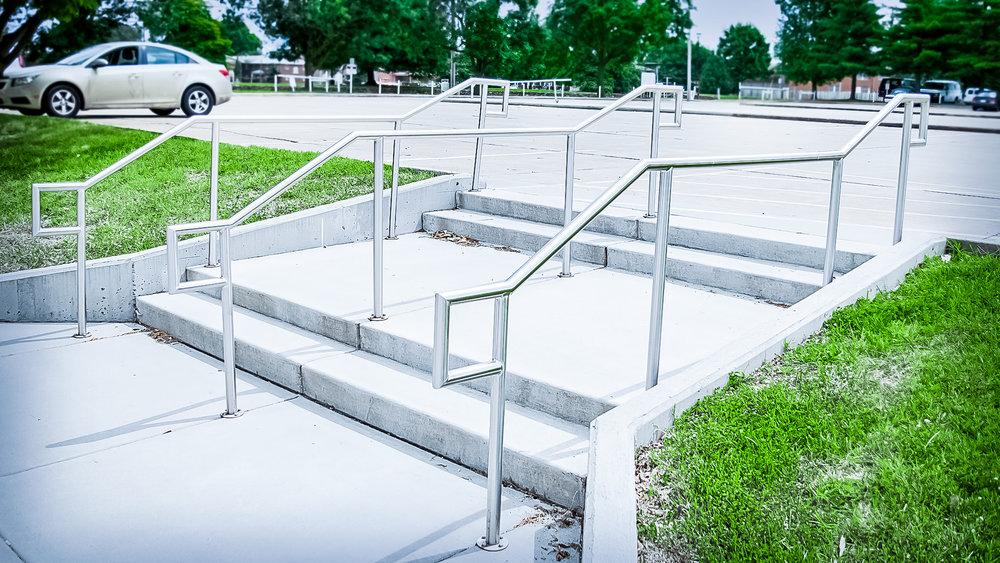 Custom Fabricated Stainless Steel Single Line Hand Rail