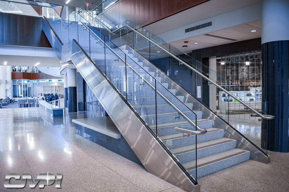 Custom Fabricated Stainless Steel Stairway Tempered Glass Panel Guardrail
