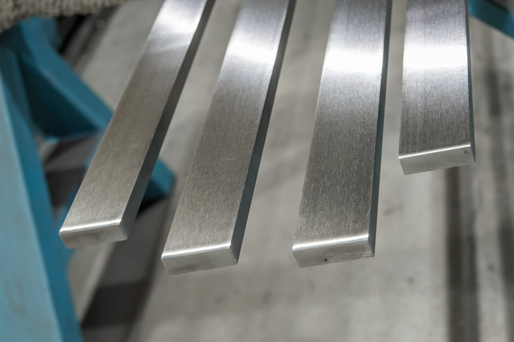 Stainless Steel Flat Bar Polishing Services