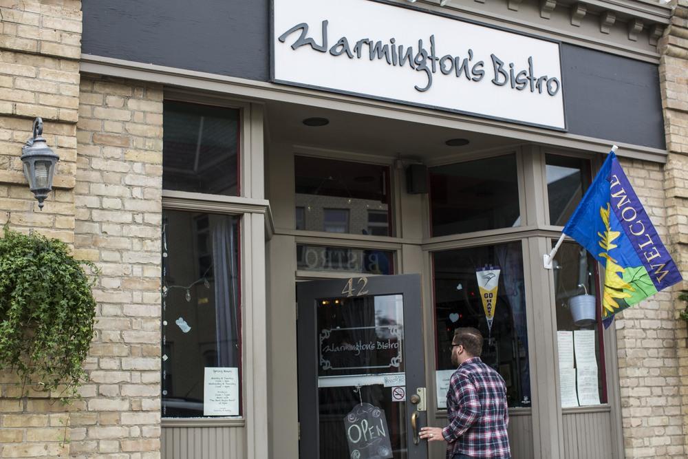 01Warmingtons-Brantford-Jono & Laynie Co.jpg