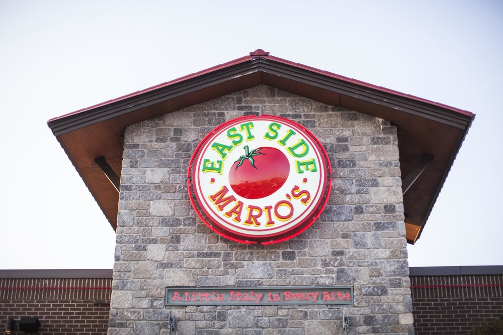 17Eastside Marios-Brantford-Jono & Laynie Co.jpg