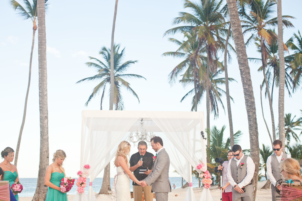 34Destination Wedding-Dominican Republic-Jono & Laynie Co.jpg