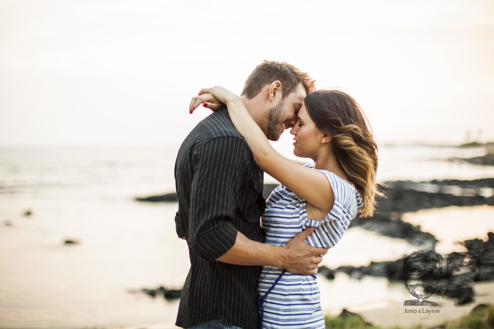 Jono & Laynie Co.-Kona, Hawaii-Engagement Session35.jpg