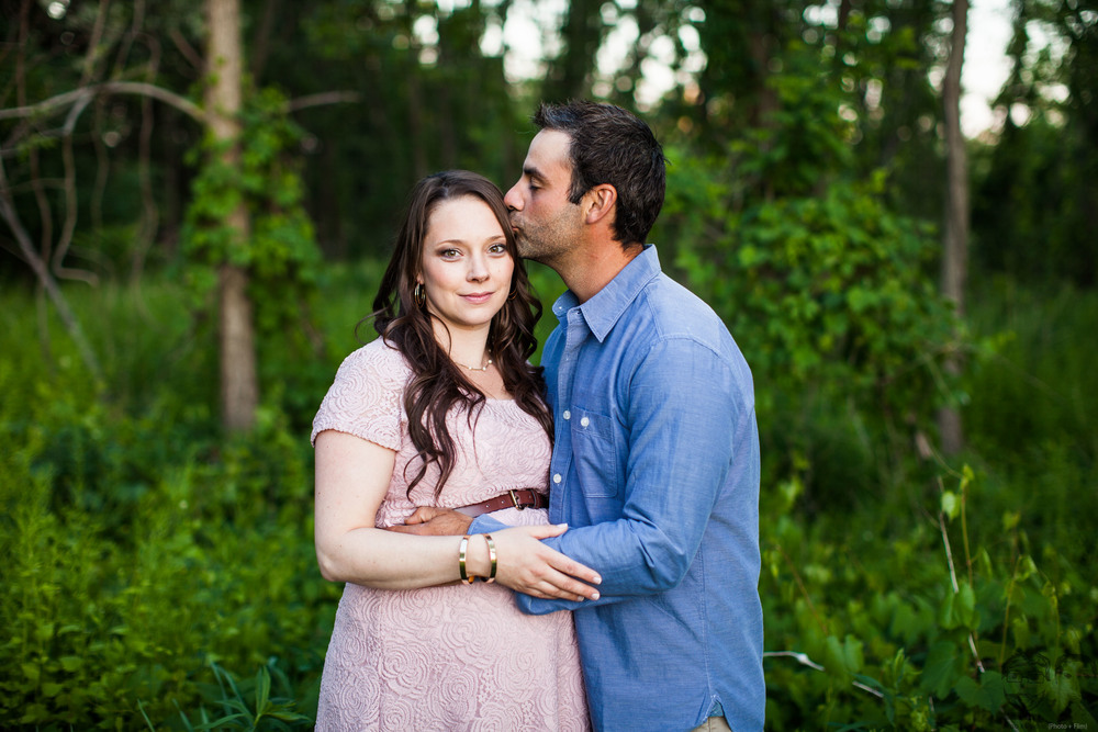 012Toronto photographers-Baby Bump-Jono & Laynie Co.jpg