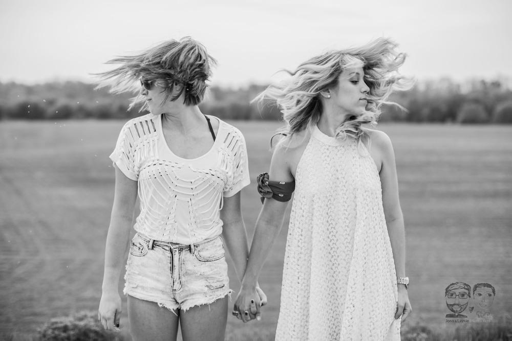075Sisters-BFF-Lifestyle Photographers-Jono & Laynie Co.jpg