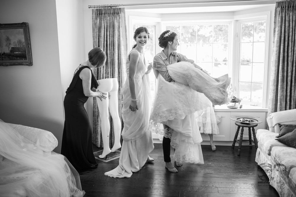 011Toronto Wedding Photographers and Videographers-Jono & Laynie Co.jpg
