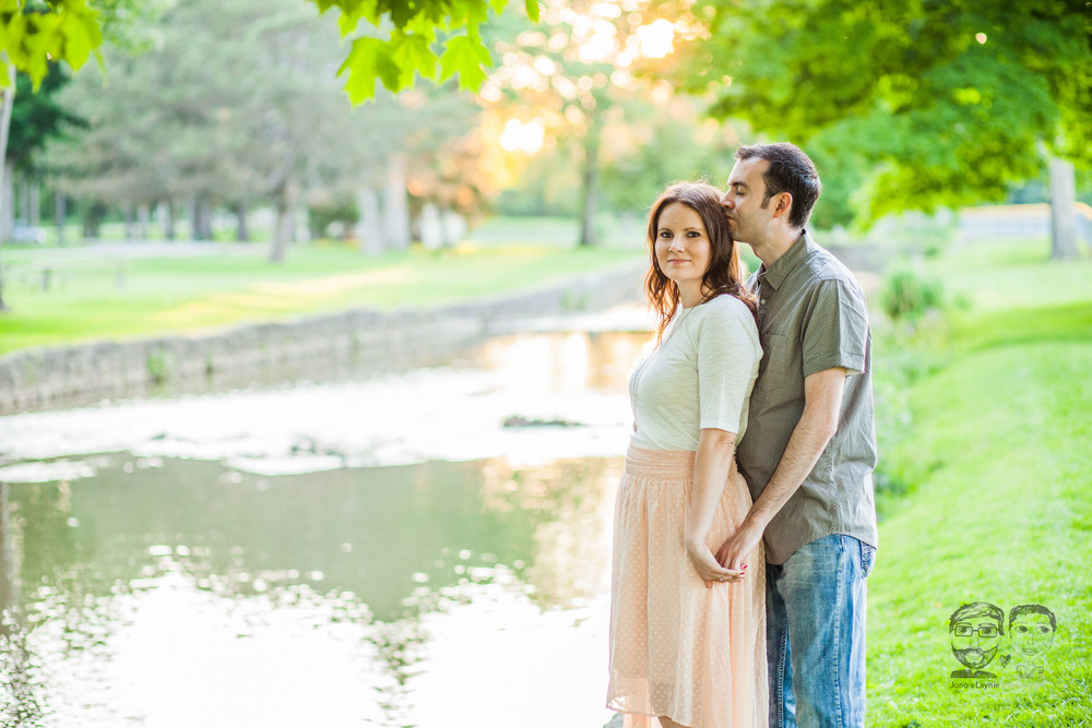 159Toronto and Niagara Photographers. Jono & Laynie Co. Engagement Session_.jpg