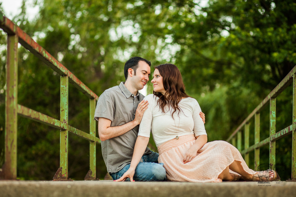 175Toronto and Niagara Photographers. Jono & Laynie Co. Engagement Session_.jpg