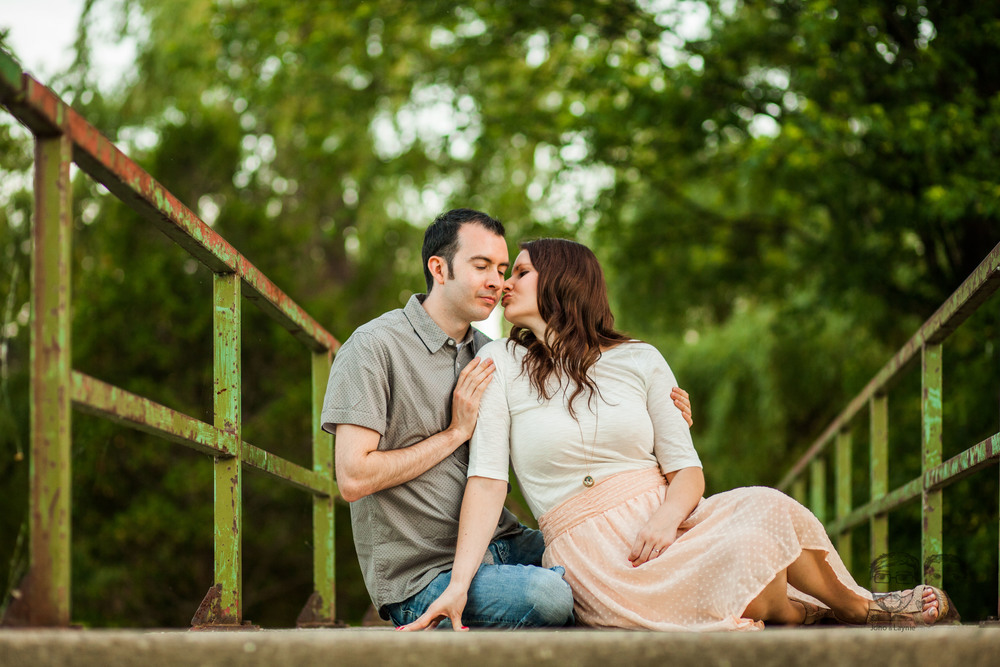 176Toronto and Niagara Photographers. Jono & Laynie Co. Engagement Session_.jpg