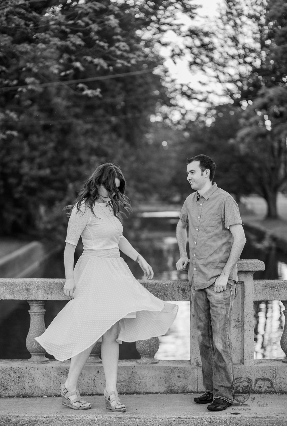 181Toronto and Niagara Photographers. Jono & Laynie Co. Engagement Session_.jpg