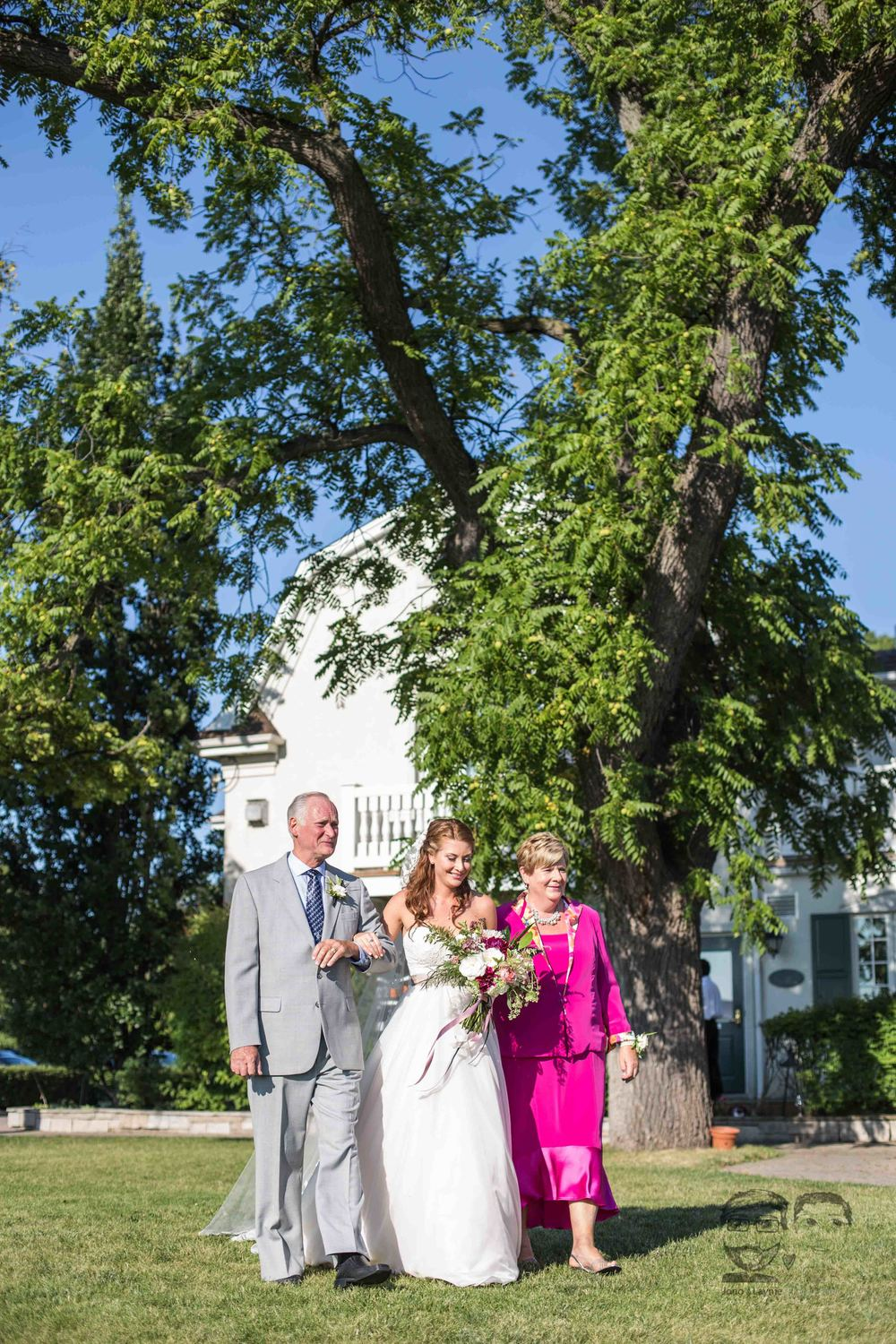 0019Riverbend Inn - Niagara photographers - Jono & Laynie Co.jpg