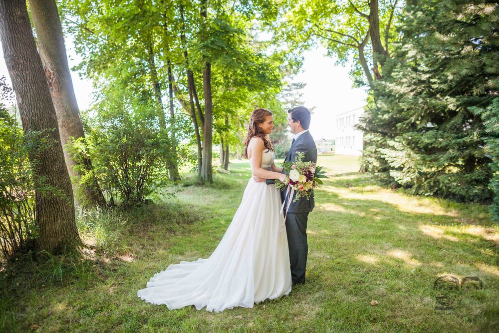 0047Riverbend Inn - Niagara photographers - Jono & Laynie Co.jpg
