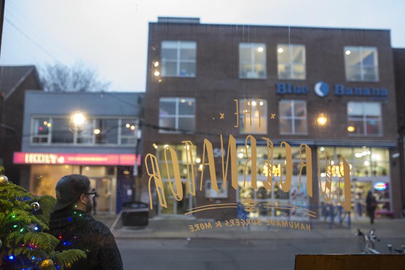 0012The Burgernator-Toronto Photographers-Jono & Laynie Co.jpg