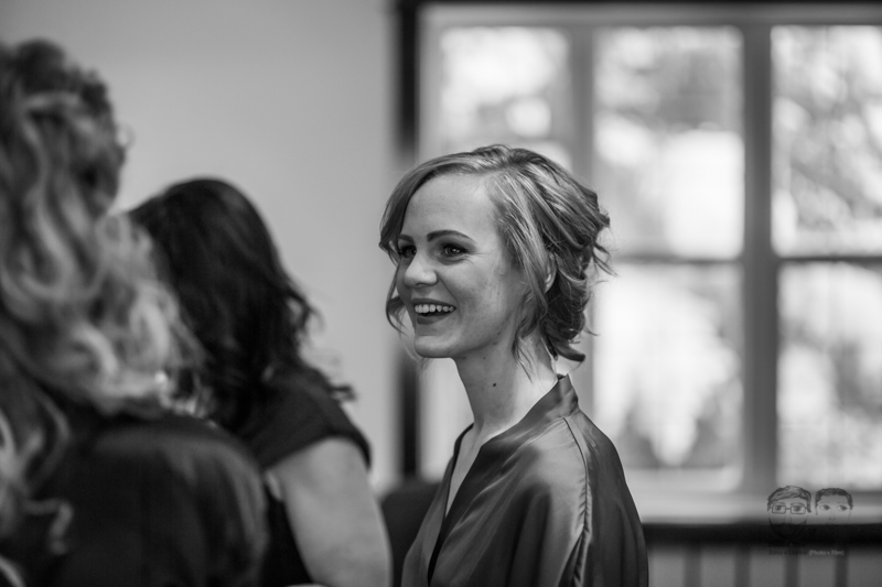 0011Calgary Wedding Photographers-Jono & Laynie Co.jpg