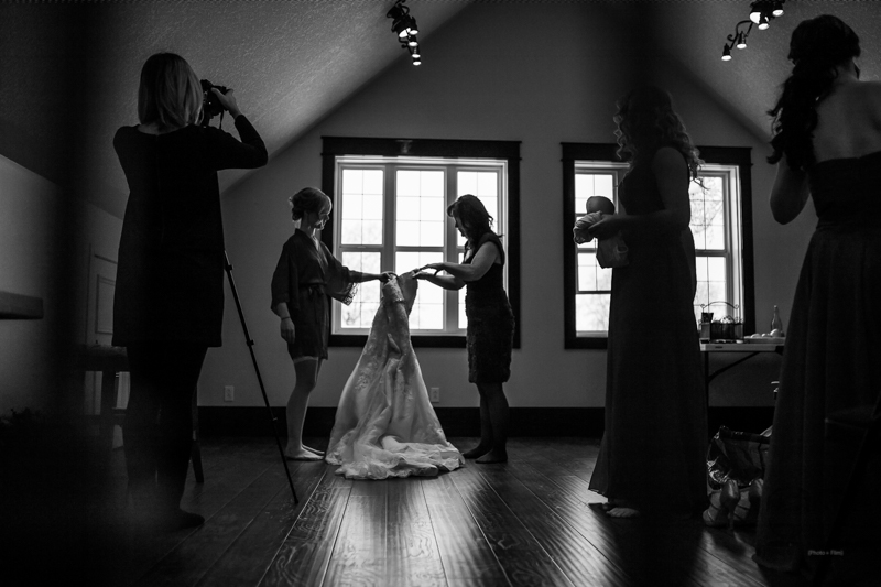 0016Calgary Wedding Photographers-Jono & Laynie Co.jpg