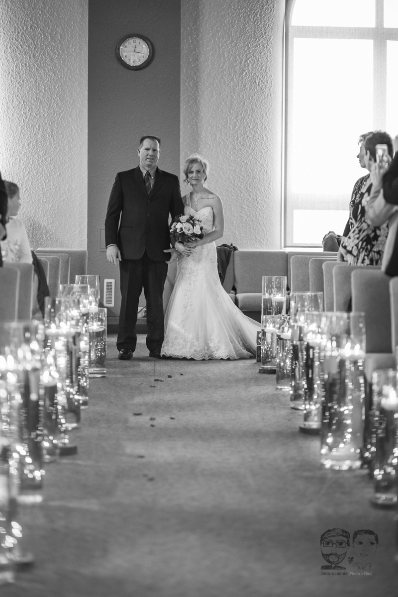 0031Calgary Wedding Photographers-Jono & Laynie Co.jpg
