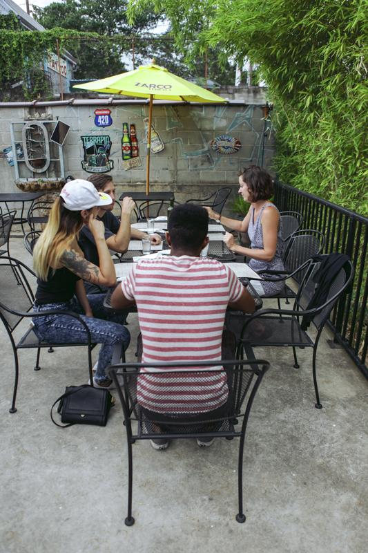 Toronto Lifestyle Photographer-Jono&Laynie02.jpg