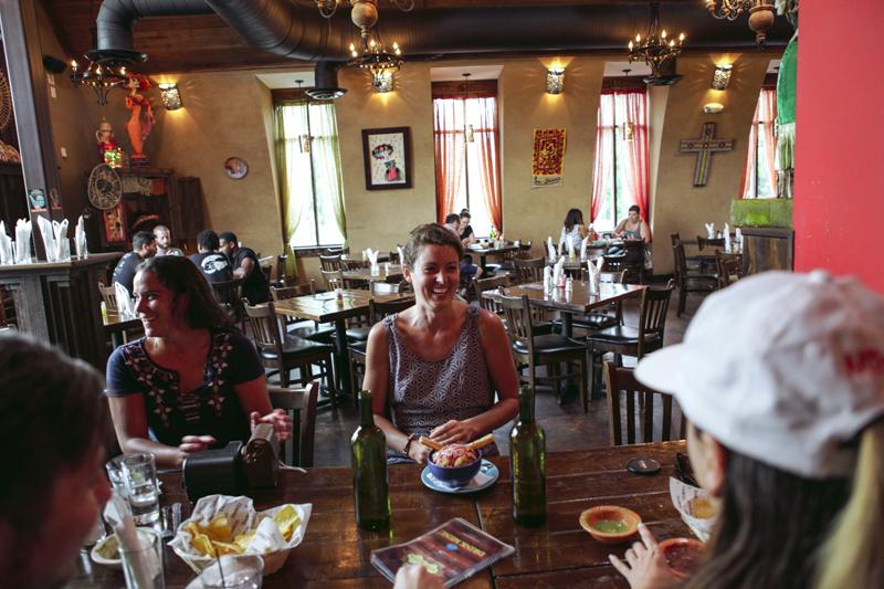 Toronto Lifestyle Photographer-Jono&Laynie17.jpg