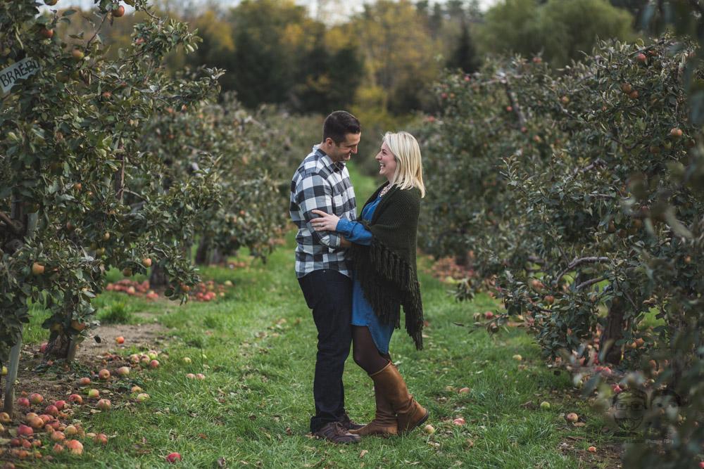 Myers Apple Farm Engagement Session032.jpg