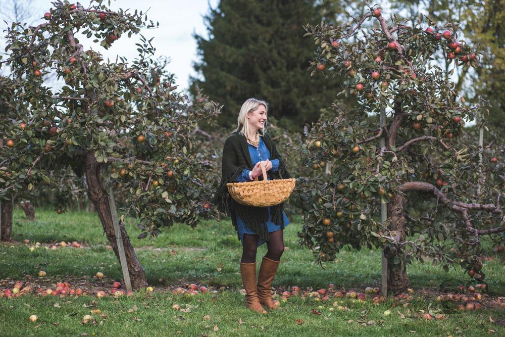 Myers Apple Farm Engagement Session080.jpg