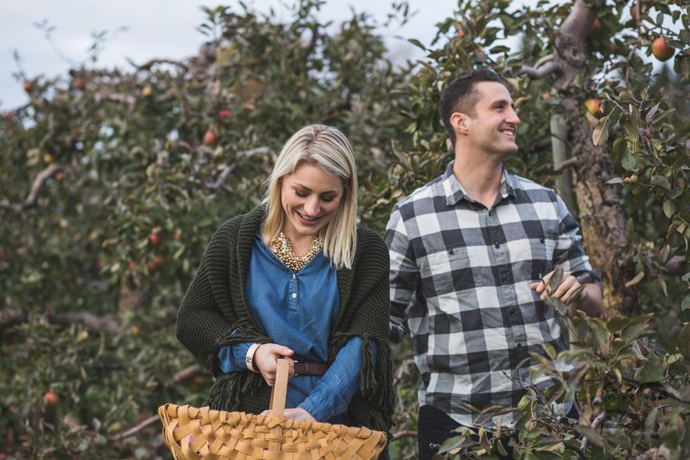 Myers Apple Farm Engagement Session091.jpg