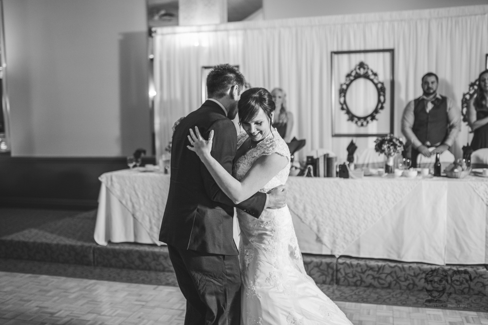 Brantford Wedding Photographer-Jono & Laynie089.jpg