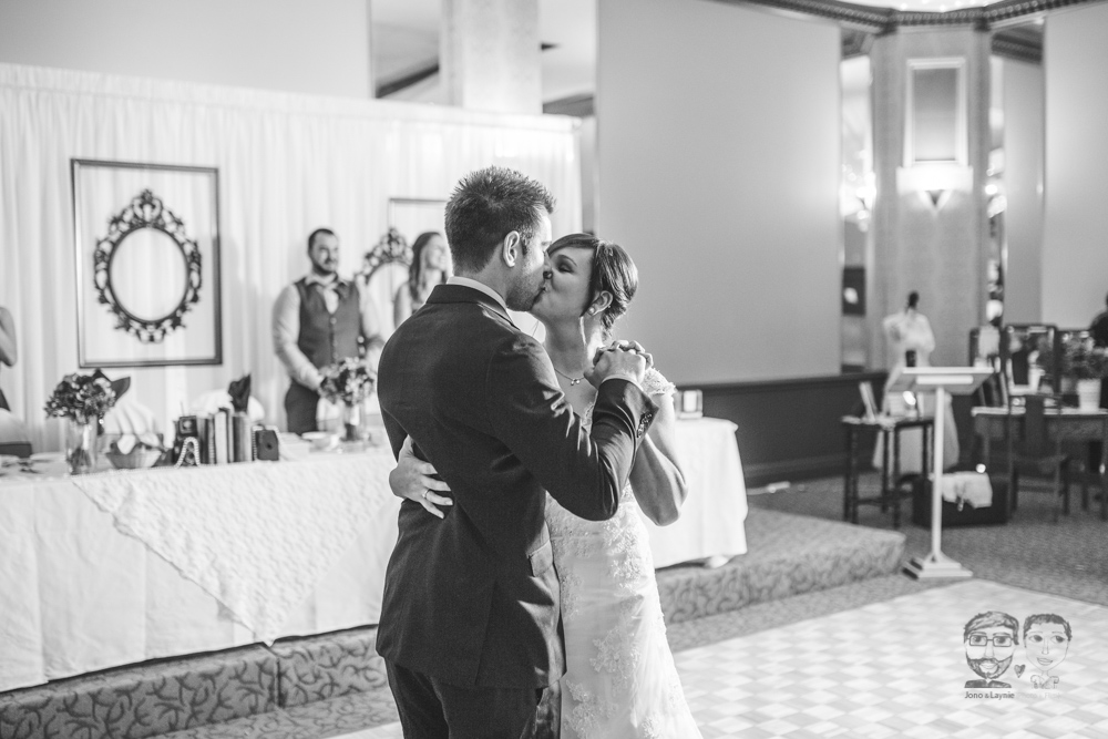 Brantford Wedding Photographer-Jono & Laynie090.jpg