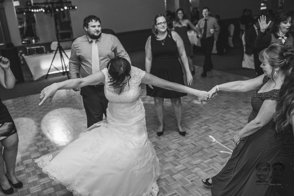 Brantford Wedding Photographer-Jono & Laynie113.jpg
