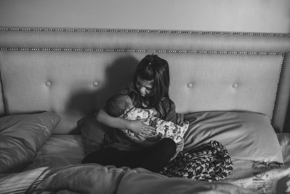 Newborn Lifestyle Brantford03.jpg