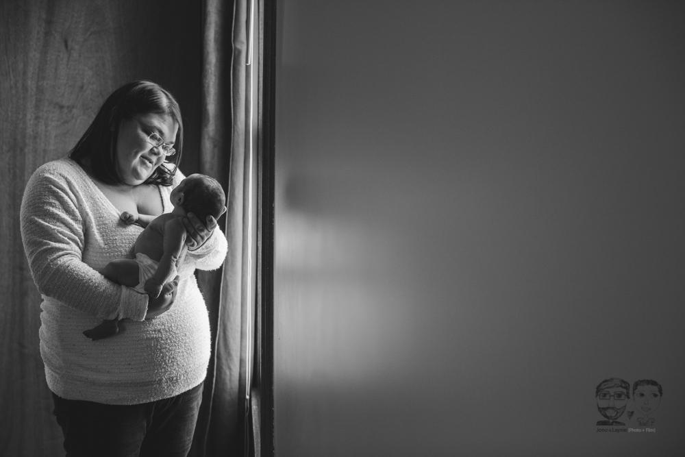 Newborn Lifestyle Brantford15.jpg