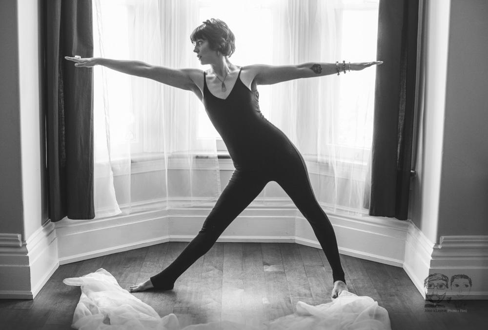 Brantford Photography Studio-Yoga04.jpg