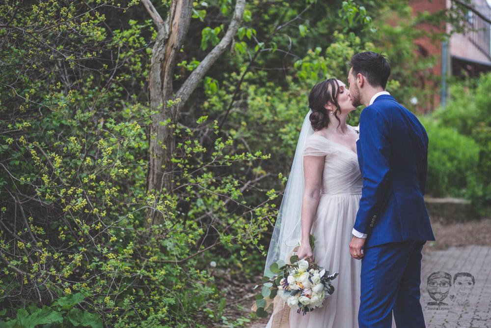 Evergreen Brickworks Wedding056.jpg