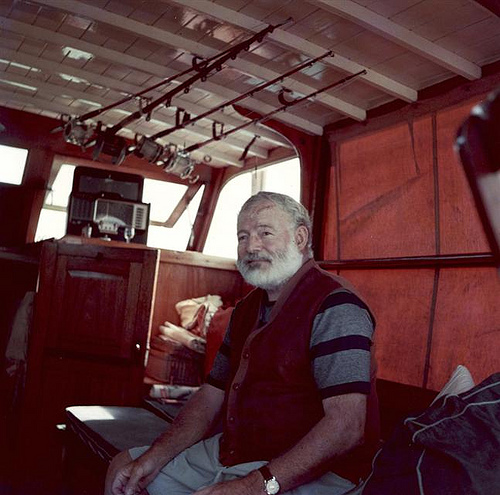 Ernest Hemingway and his TransOceanic Radio